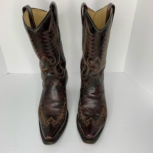 Corral Black Cherry Boots Size 11 M